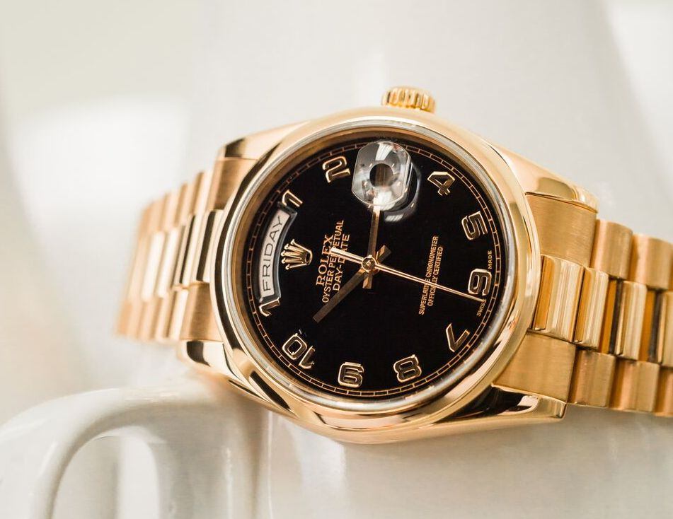 Everose gold Rolex Day-Date President ref. 118205