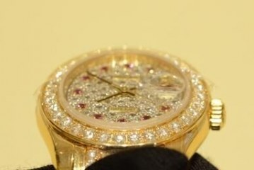 Replica Rolex Datejust Full Diamonds Yellow Gold Watches For Sale